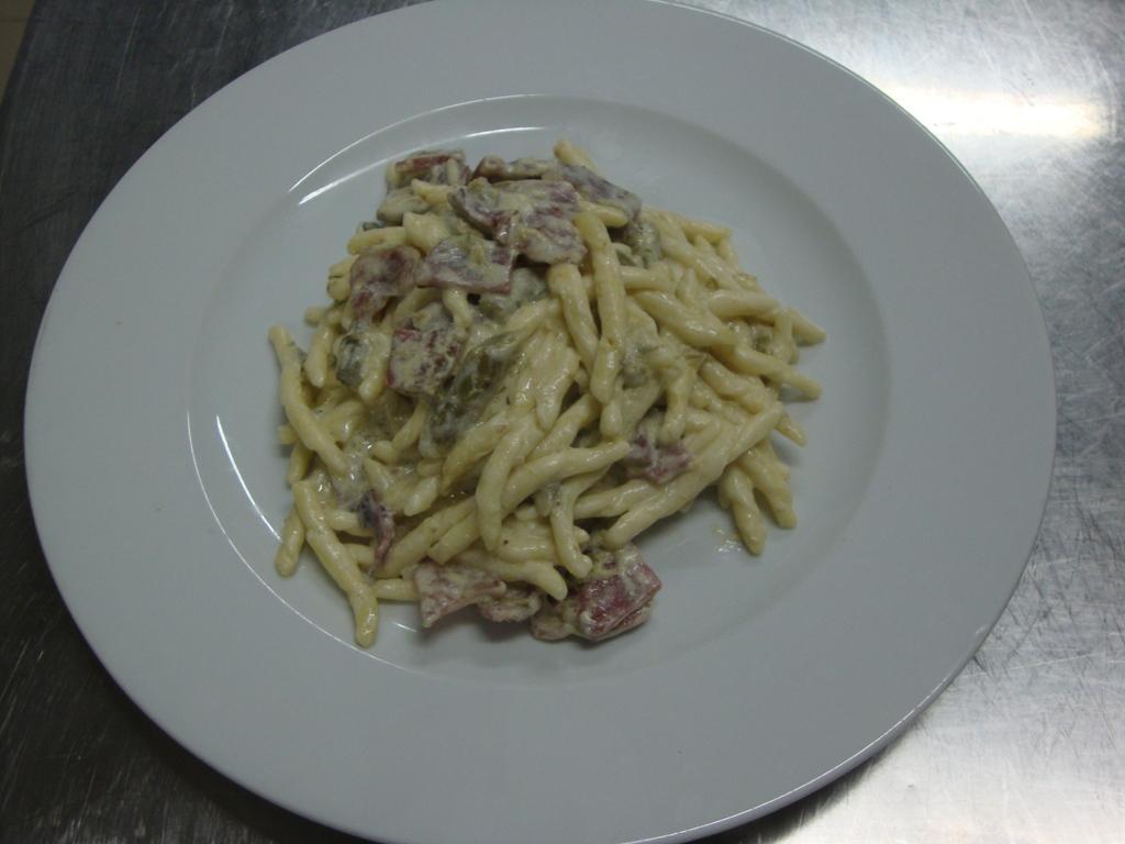 Cavatelli_asparagi_e_pancetta
